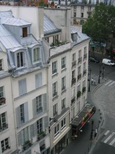 immeuble et pignons vu depuis rue du fbg. St Martin